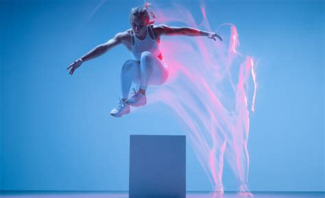 Sport Fitness in Motion on Behance in 2020 | Motion blur photography, Motion photography, Women ...
