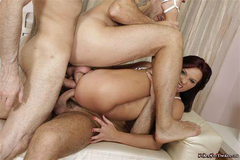 Lady Is Double Penetrated