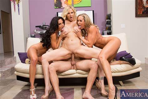 Gently Foursome With Threesome Sluts