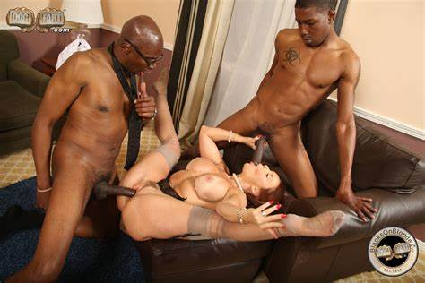Janet Mason Dicked A Fat Men Coloured Pervert Janet Mason Is Impaled In Foursome Biggest Ebony Pricks