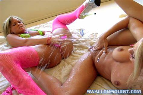 Squirts Lesbos Playtime During Several Cumshot