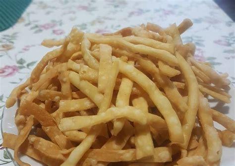 Resep stik bawang renyah tanpa telur bahan : Resep Stik bawang Tanpa telur oleh Ernawati - Cookpad