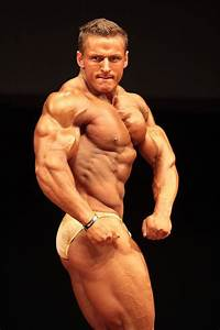 Hot Male Competitive Bodybuilders - Sexy In Posing Trunks