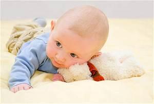Plattkopf Bei Baby : haarausfall beim baby wieso verliert mein baby seine haare ~ A.2002-acura-tl-radio.info Haus und Dekorationen