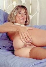 Free young milf videos
