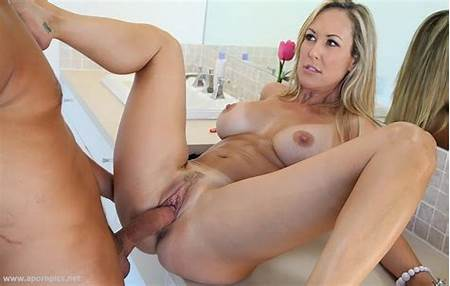 Model Teen Orbita Nude