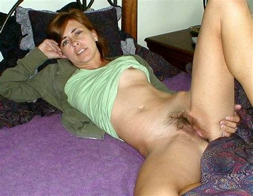 Granny Hairy Analed Fuck Clit By Huge Short Hair Dildo