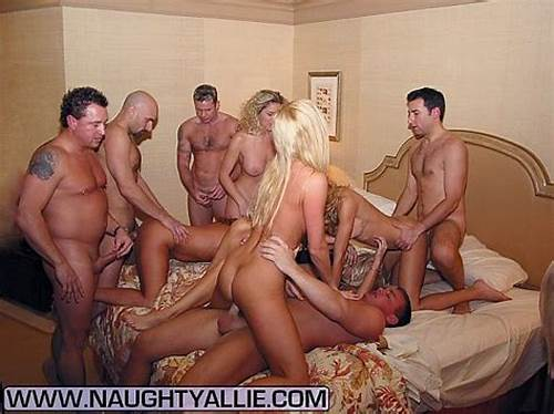 Foursome Tough Orgy In Hotel Bedroom