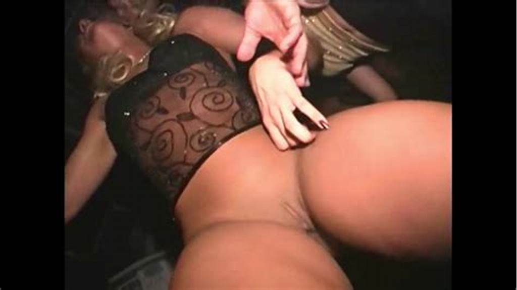 #Ass #Shaking #And #Pussy #Flashing #In #The #Club