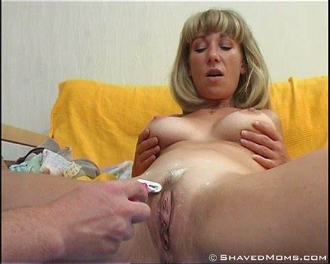 Shaved And Hairy Moms Sex Galleries
