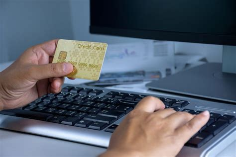 Charges for withdrawing money from credit card. Withdrawing Cash ona Credit Card? Here Are the Dos and Donots! - Ourakcha