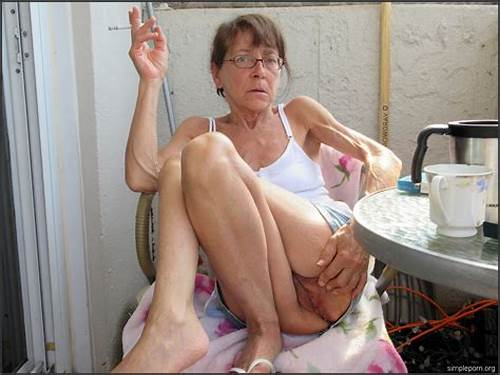Very Tiny Granny Sex Porn #Slim #Granny #Showing #Her #Hairy