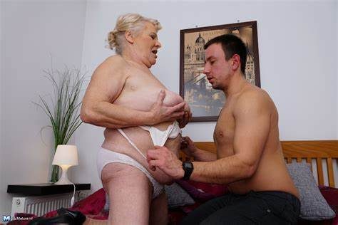 Perky Granny And Her Boytoy Showing Porn Images For Granny And Her Vibrator Husband