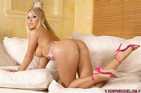Nude Blonde Teen Gallery