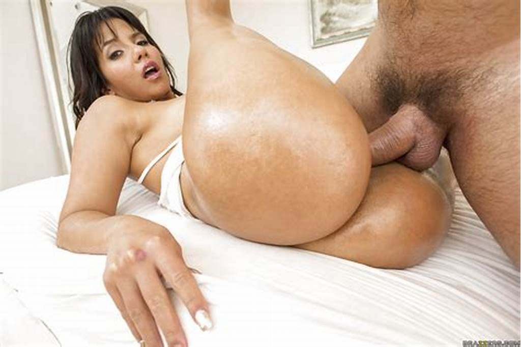 #Big #Ass #Latina #Rose #Monroe #Gets #Herself #Oiled #And #Fucked