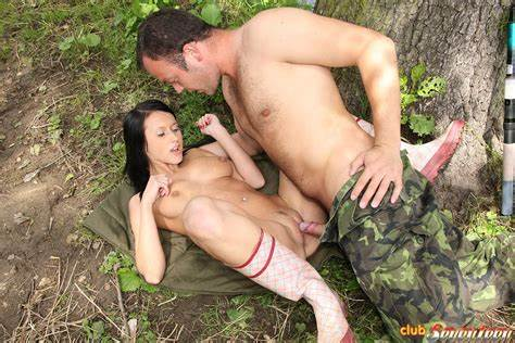 Milf Let Sex By Soldier showing xxx images for irish soldier xxx