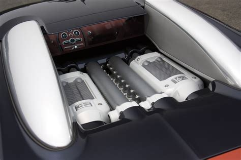 We can only hope for a special bag. Imagini - Bugatti Veyron Hermes Special Edition
