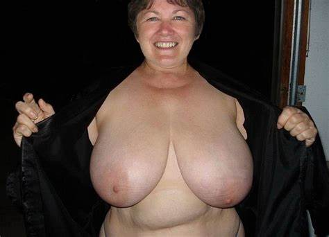Biggest Titty Lovely Photo Galleries Mammas Matures Grannies With Ugly Massive Titties