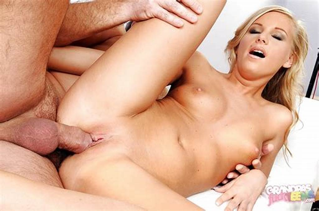 #Blonde #Teen #Barbie #White #Gets #Her #Pussy #Licked #And #Fucked