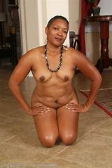 Xxx black mature gallery