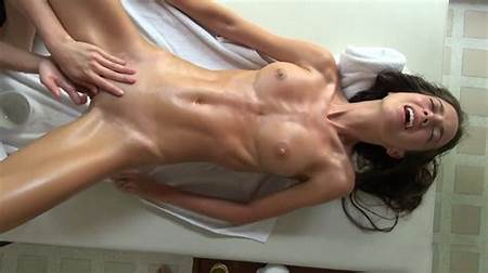 Nude Teen Havinf Orgasm
