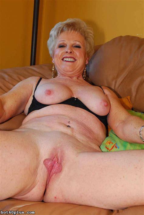 <a href='http://www.older-mature.net/mature-ebony-granny-porn/104829.html'' target='_blank'> Mature Ebony Granny Porn Image 104829</a>