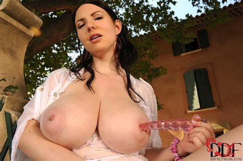 Wet Cielo Shows Her Biggest Karina Hart Showing Off Her Giant Puffy Titted Public