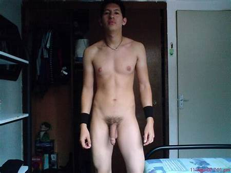 Posing Teenage Boys Nude