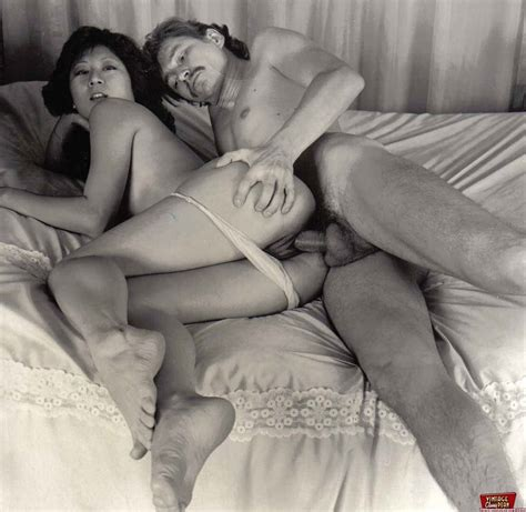 <a href='http://www.hentai-and-fetish-galleries.com/galleries/vintage-porn/index.html'' target='_blank'> vintage retro erotica from past decades - vintage classic ...</a>