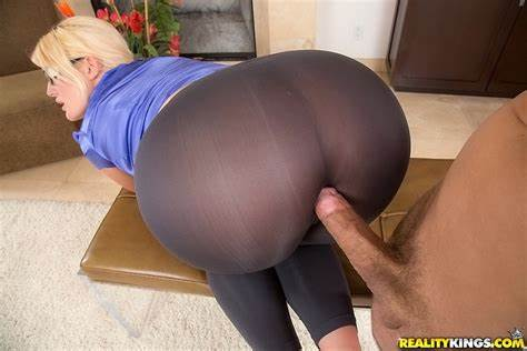 Cfnm Ladies Julie Cash Incest Rear