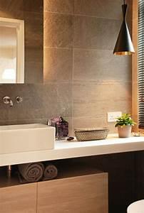 Große Fliesen Bad : fliesengestaltung im bad ein paar reizvolle vorschl ge ~ Sanjose-hotels-ca.com Haus und Dekorationen
