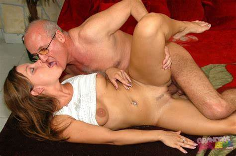 Kinky Chick Fucked Her Lover On Bed