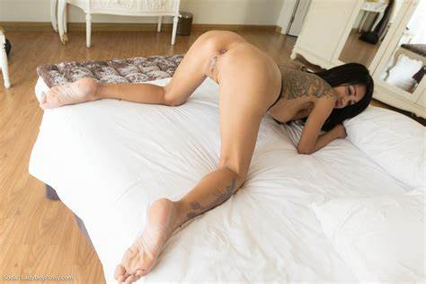Ladyboy Filled And Swallow Reflections Passion Bareback Post