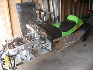 5 Ways A Snowmobile Factory Service Manual Can Help Owners