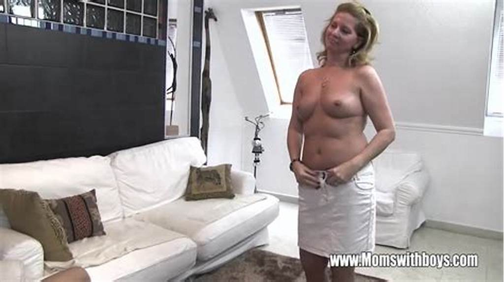#Cougar #Fucks #After #She #Catches #Her #Stepson #Ma #Xxxbunker