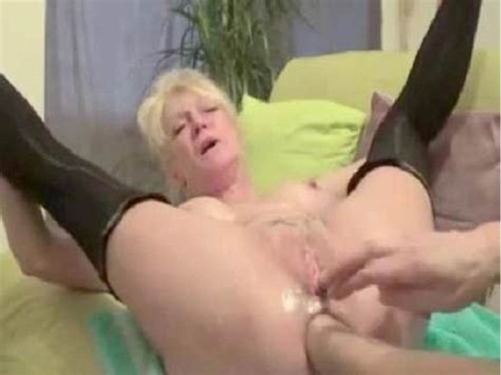 #Incredible #Peehole #Penetration #Sexy #Granny