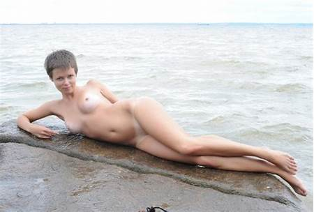 Teen Short Haired Nude