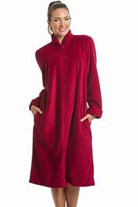 Soft fleece berry zip front house coat for Robe de chambre femme avec fermeture eclair