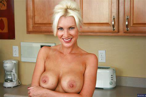 Gently Nippled Milf Brandi Edwar