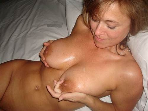 Comely Solid Tit Mature Gives Good Sucks #Hot #Milf #In #Bed #Porn #Photo