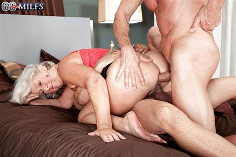 Cunt Fun With Gang Playful Blondes