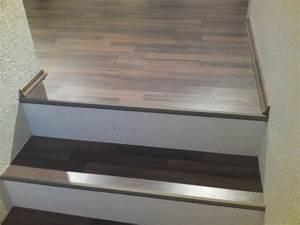 Treppe Fliesen Mit Schiene Anleitung : treppe mit laminat belegen ~ A.2002-acura-tl-radio.info Haus und Dekorationen