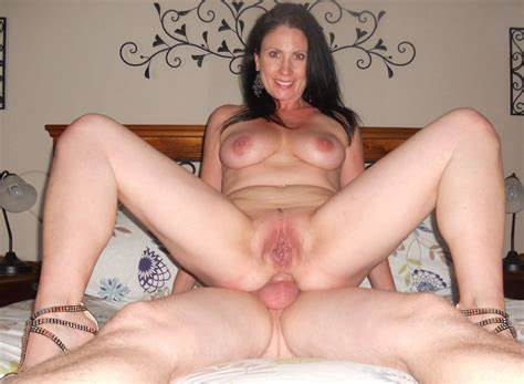 Milf In Gaping Analed Swinger