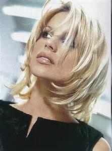 model de coupe de cheveux modèle de coiffure femme cheveux mi