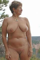 Free lady mature nude picture