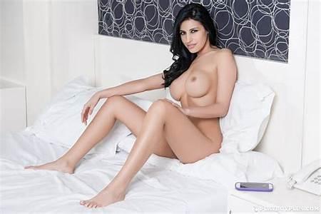 Teen Argentinian Nude