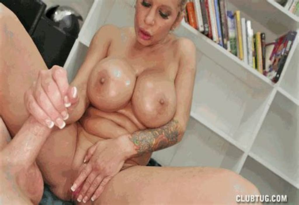 #Alyssa #Lynn #Sorority #Mother #Handjob #And #Titjob