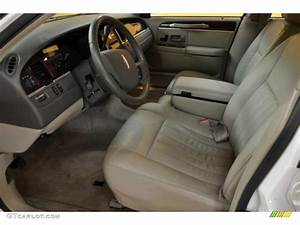 2006 Lincoln Town Car Signature Interior Photo  43618955