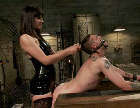 Pegging Lezbi Guy Bdsm Slipping Into My Dildos On For Some Pegging Phone Fucks