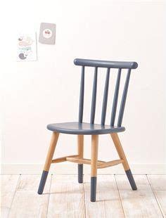 pied de chaise dans la chatte 1000 ideas about table et chaise enfant on